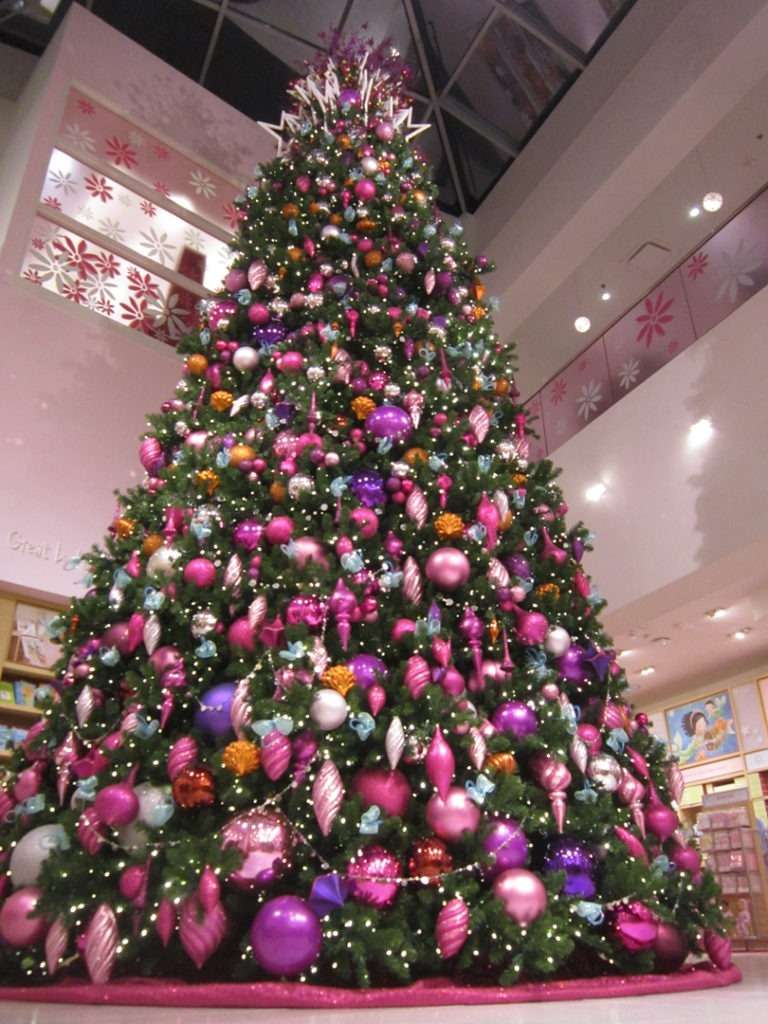 AG DALLAS christmas tree 7