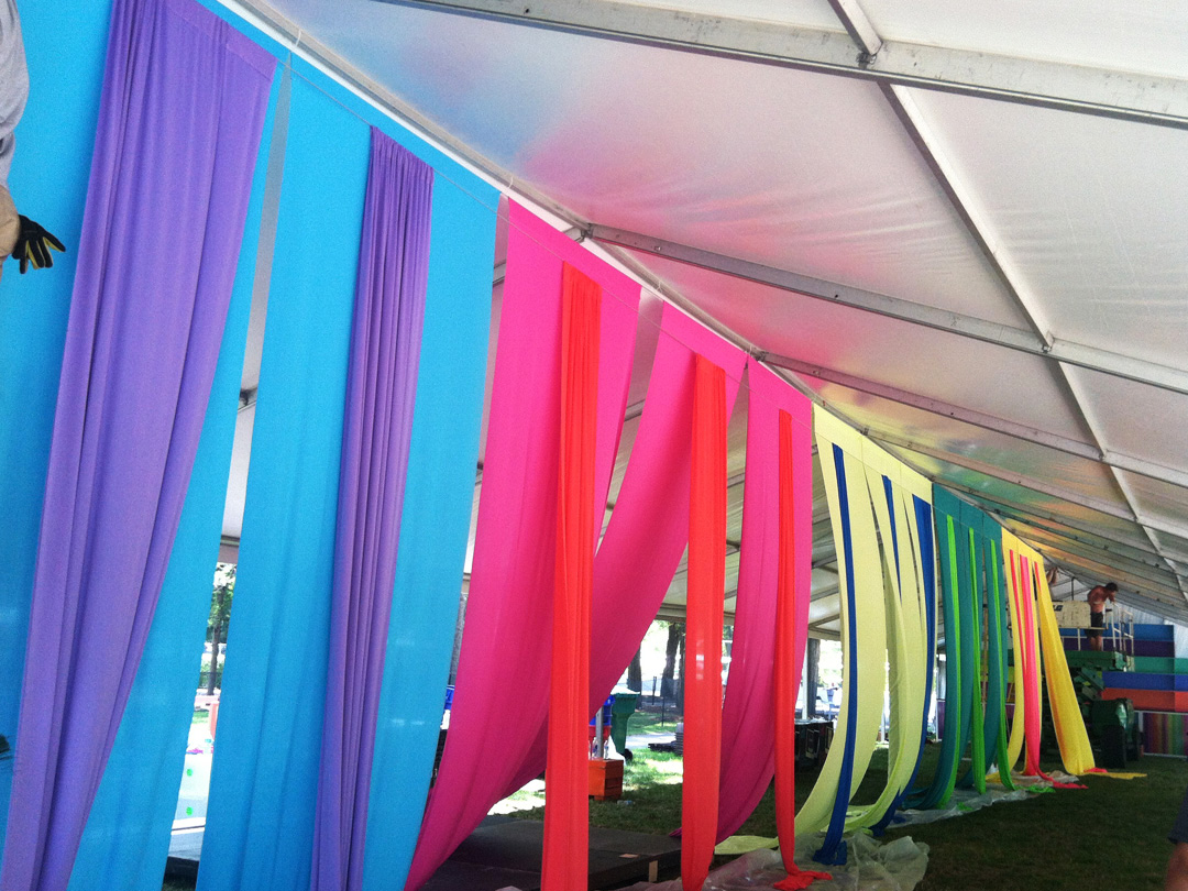 Especially when itu0027s a lounge tent at the Lollapalooza Music Festival in Chicago. Yards of colorful fabric were attached u0026 draped to create a colorful ... & A Lively Lollapalooza Lounge   Ivan Carlson u0026 Associates