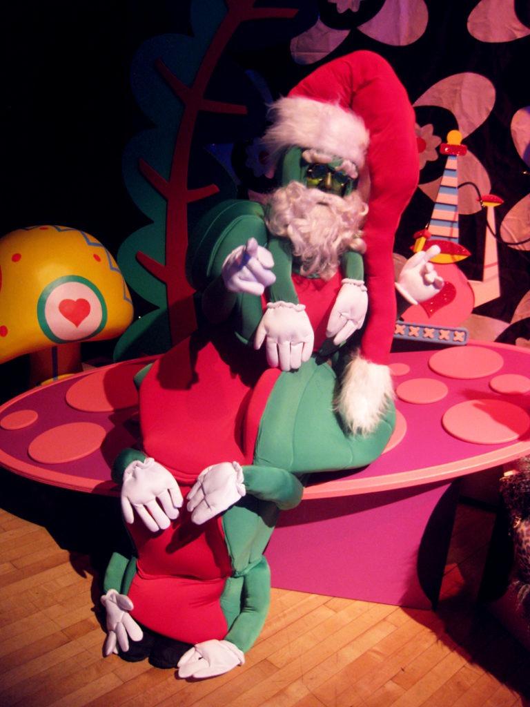 ACTOR Santa caterpillar-180