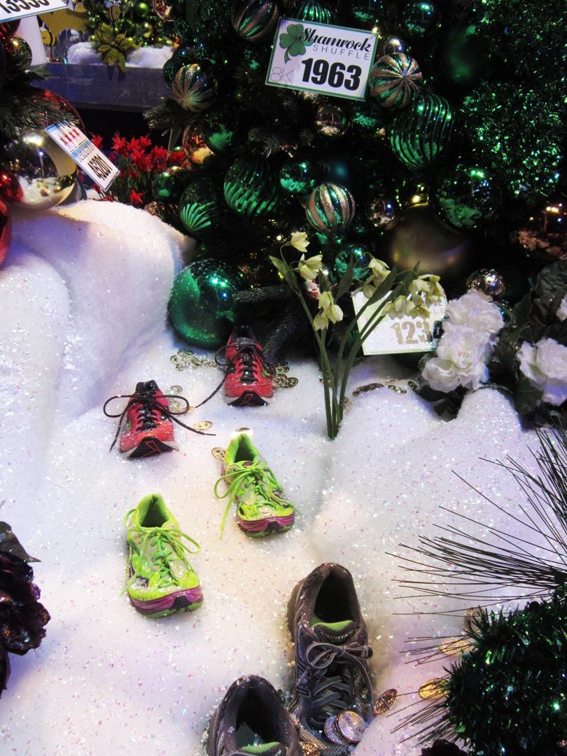 Christmas Tree Elves