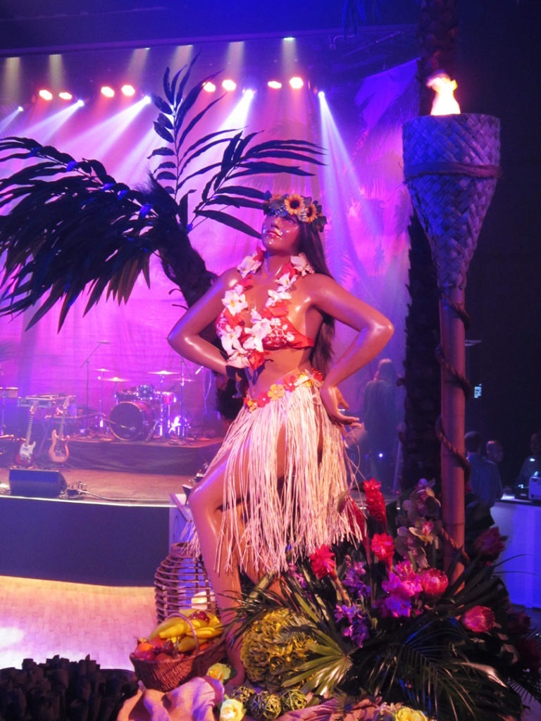 hula girl 10